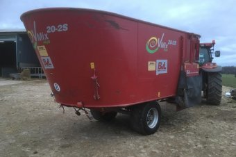 BVL 20-2S V-Mix Twin Vertical Auger Mixer Feeder