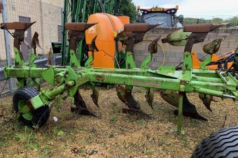 Dowdeswell DP7D Plough