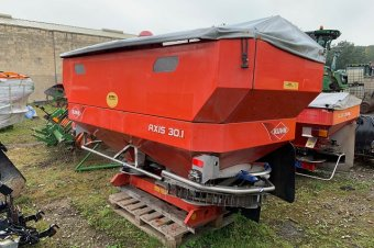 Kuhn Axis 30.1QE Fertiliser Spreader