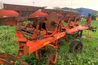Kuhn MM120 Plough