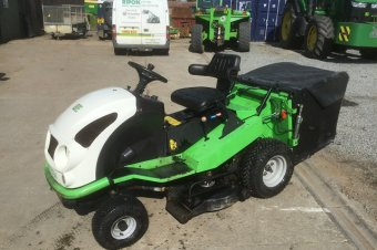 Etesia Hydro 100 MVEHH Ride on Mower