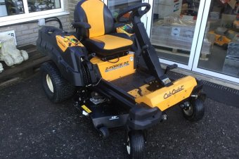 Cub Cadet Z-Force Ride on Mower