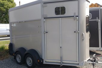 Ifor Williams HB511 Horse Box