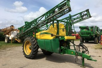 John Deere 724 Sprayer