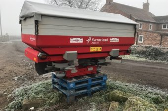 Kverneland Exacta-TL Fertiliser Spreader