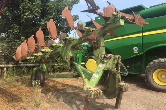 Dowdeswell DP 160S Plough