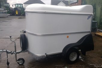 Ifor Williams BV Trailer