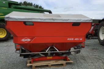 Kuhn 40.1W Quantron Fertiliser Spreader