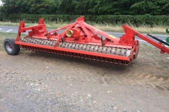 Kuhn HR4003D Power Harrow