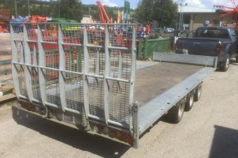 Ifor Williams TB5021-353 Car Transporter