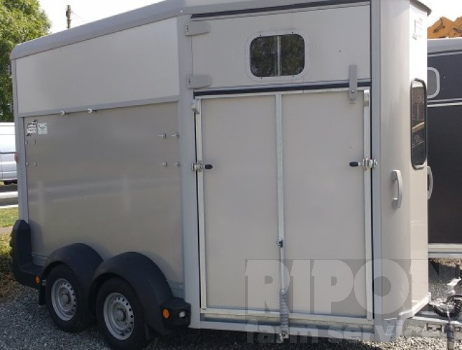 Image of Ifor Williams HB511 Horse Box