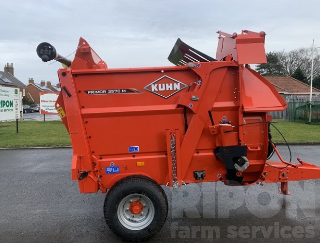 Image of Kuhn 3570M Primor Straw Blower